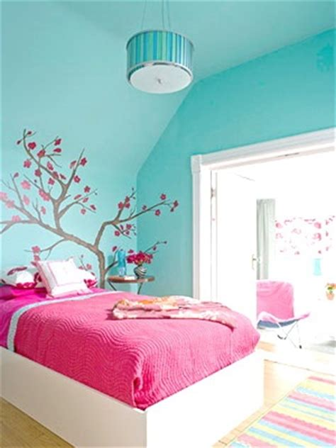 fuschia pink bedroom accessories 1000 ideas about fuschia bedroom on pinterest charcoal