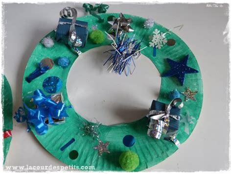 Couronnes De Noel à Fabriquer by Une Couronne De No 235 L 224 Faire Soi M 234 Me La Cour Des Petits