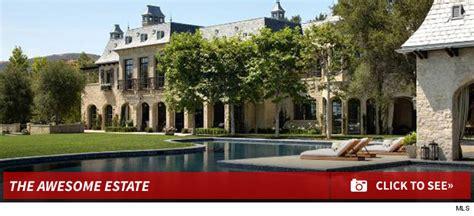 dr dre buys tom brady gisele bndchen mansion for 40m dr dre buying tom brady s mansion but not the