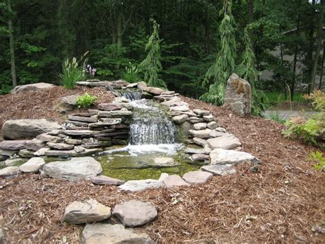 landscape water features landscape deign water runoff water feature 2592x1944