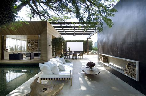 Indoor Outdoor Living | outdoor indoor living space interior design ideas