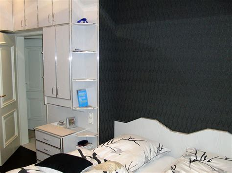 Schlafzimmer Kaufen Günstig by Zimmer Mit Schr 228 W 228 Nden Streichen