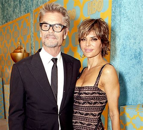 what is going on with lisa rena husband lisa rinna rewears 10 year old dress poses with husband