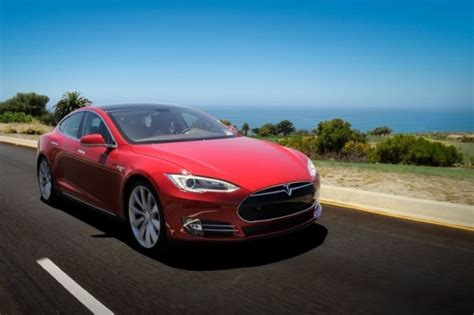 Apple To Buy Tesla Should Apple Buy Tesla An Analyst Says Yes Inhabitat