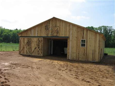 barn plans   homesteading today  barn ideas barn plans small barns