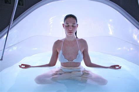 reiki crystal healing   age therapies