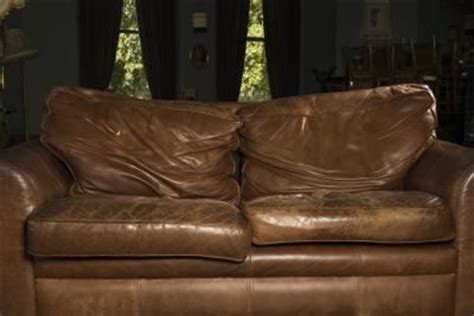 benefits  recoloring  worn leather furniture