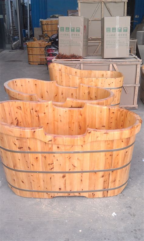 wooden bathtub canada canada ceder wood japanese wood bath tub buy japanese
