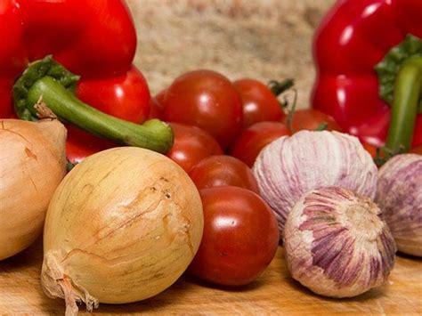alimentos que ayudan a mejorar 5 alimentos que te ayudan a mejorar tu memoria alimentos
