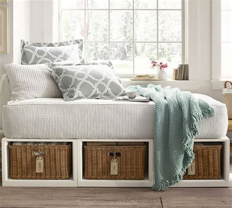 pottery barn stratton daybed best 25 daybed with storage ideas on pinterest twin bed