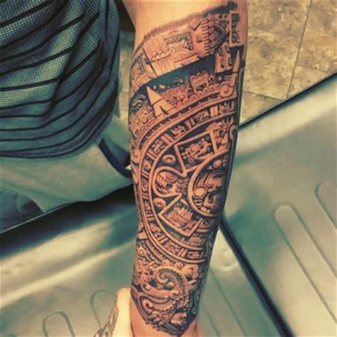 Calendario Azteca En El Brazo El Asombroso Significado Y Los Tatuajes De Calendario