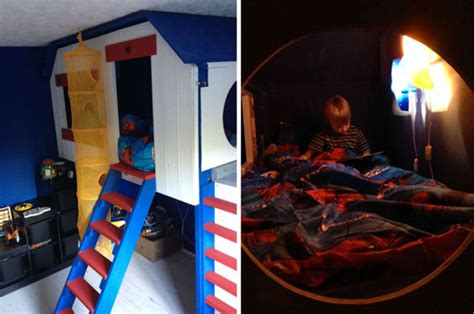 son bedroom dad builds treehouse in son s bedroom and makes his own
