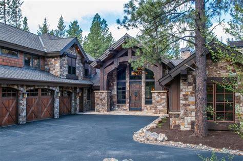 Luxury Home In Caldera Springs Sunriver Bend Vrbo Bend Oregon Luxury Homes