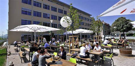 holländisches haus holla die waldfee bufett biergarten mit gleisanschluss