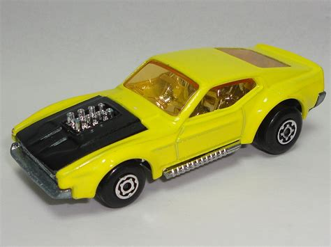 matchbox cars 1969 1973 matchbox lesney carry case superfast collection