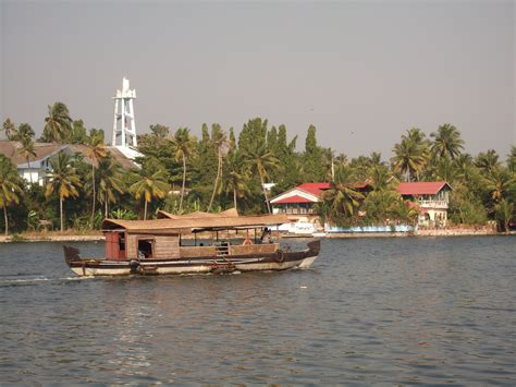 kollam boat house ملف house boat kollam jpg ويكيبيديا الموسوعة الحرة