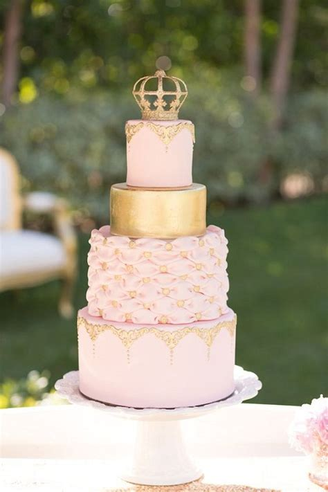 17 best ideas about crown on crown 31 most beautiful birthday cake images for inspiration