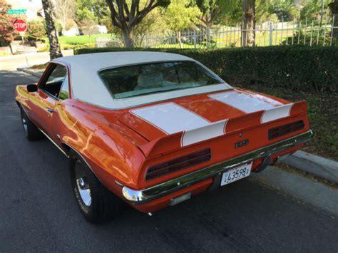 houndstooth interior camaro 1969 chev camaro rs hugger orange with white houndstooth