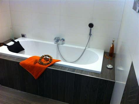 badewanne holzoptik badewanne gefliest holzoptik haus design m 246 bel ideen