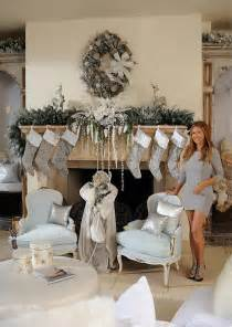 Celebrity Homes Decor by Photos Of Brooke Burke S Christmas Decor Designed By