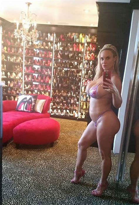 coco austin shares 36 week pregnancy photo with fans coco austin shows off slim figure just a week after