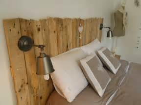 t 234 te de lit en bois avec luminaires t 234 tes de lit en bois