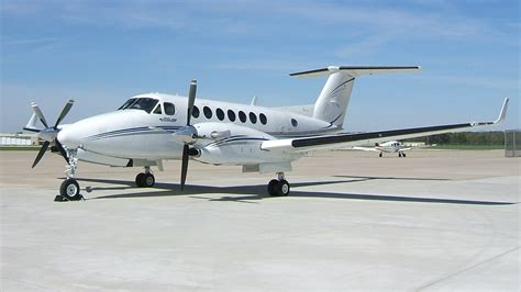 beechcraft king air 350 king air 350 study guide from the cockpit