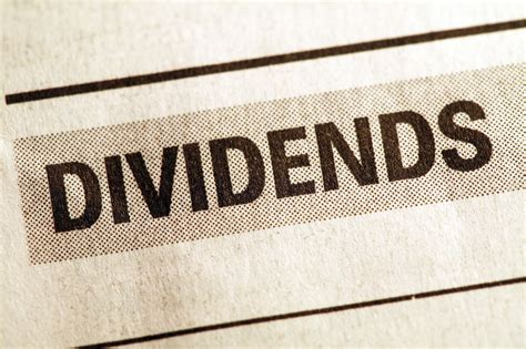 the best dividend stocks 9 dividend investments to buy now investing us news