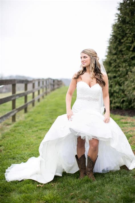 Western Style Wedding Dresses by Going Rustic With Western Wedding Dresses Styles Of