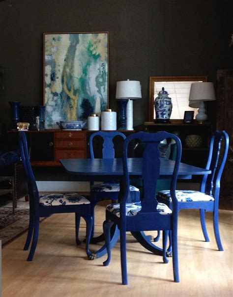 Dining Room Set Painted With Chalk Paint 17 Best Ideas About Napoleonic Blue On Green