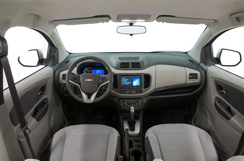 Chevrolet Spin 1 2l Lt Mt chevrolet spin specs photos 2012 2013 2014 2015
