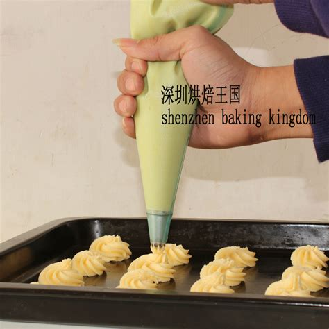 How To Make A Piping Bag From Baking Paper - stainless steel nozzle reusable silicon icing piping