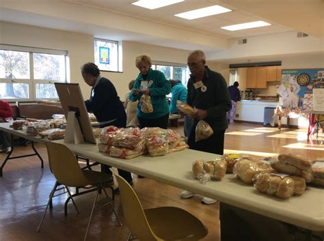 Manna Food Pantries by Manna Food Pantry Lets Clients Do The Shopping In Silver