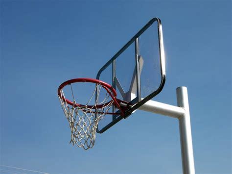 Hoops Mainan Keranjang Bola Basket catch march madness with messenger basketball