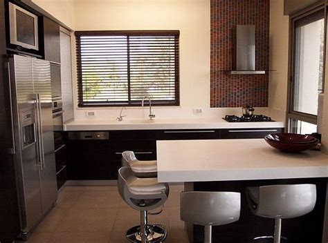 small kitchens with islands for seating cozinhas com ilha otimizam ambientes e integram pessoas