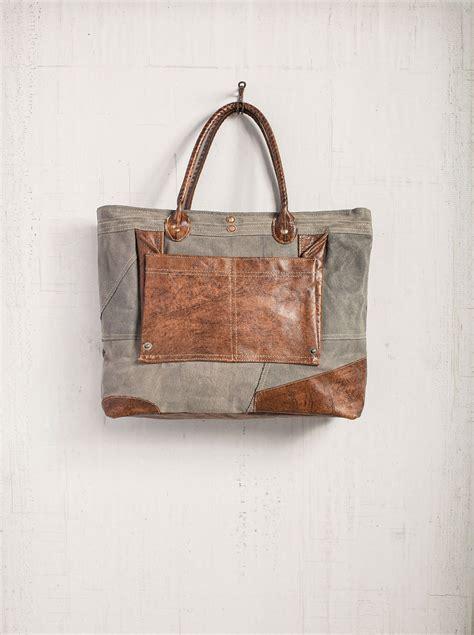 Kate Waxes Poetic About A Bag by Dakota Tote Bag By Mona B