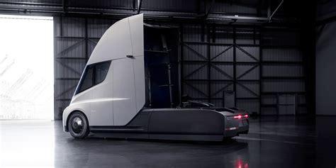 tesla semi truck revealed production
