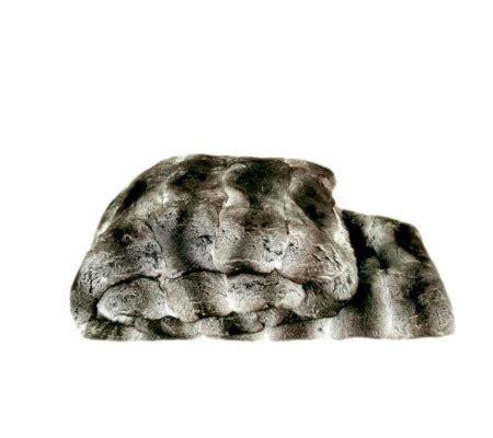 Decke Aus Fell by Zoeppritz Cherish Decke Aus Chinchilla Fell Charcoal