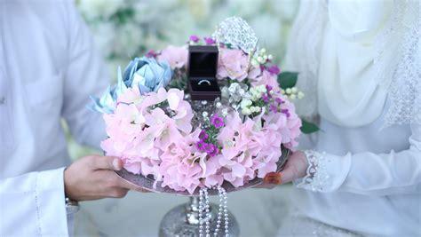 Gelang Promise gubahan hantaran kahwin cincin gelang lovely