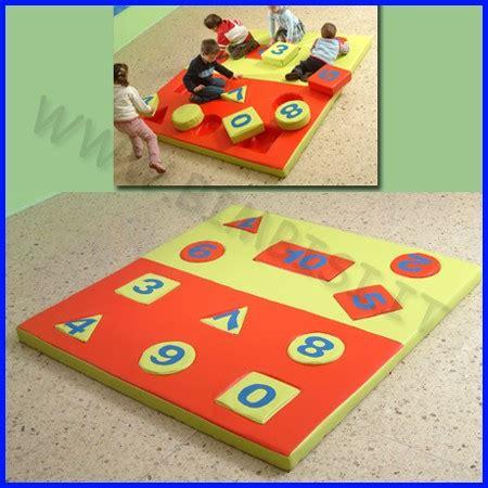 tappeti puzzle per bambini atossici tappeto bimbi atossico tappeto per giocare con le macchinine