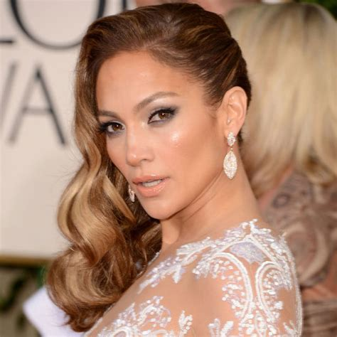 golden globes hair makeup was all about the drama jennifer lopez hair mystylebell your premiere hair resource