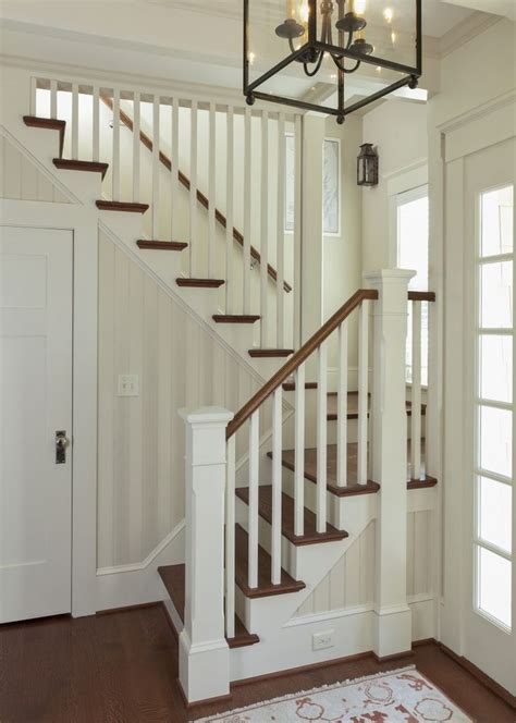 Cottage Staircase by Best 20 Cottage Stairs Ideas On Cottages