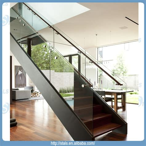 barandillas para escaleras interiores modernas moderna recta de la escalera barandilla de vidrio escalera