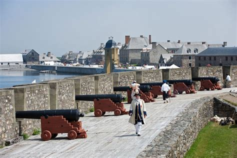 fortress  louisbourg cape breton island attractions