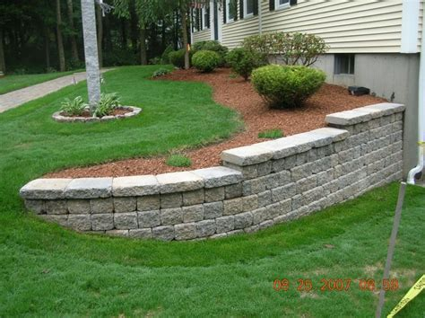 retaining wall front yard