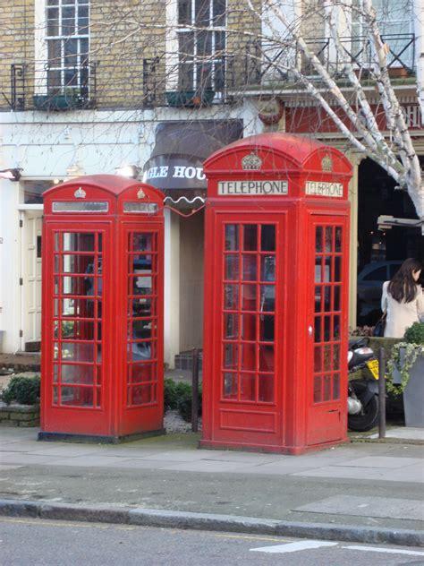 cabine telefoniche inglesi in vendita file big and small phonebox jpg wikimedia commons