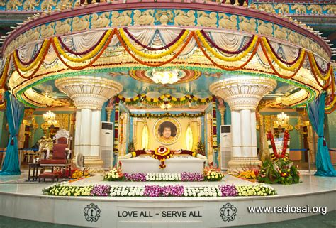 How To Home Decoration Sathya Sai Baba Maha Samadhi Floral Decoration Pictures