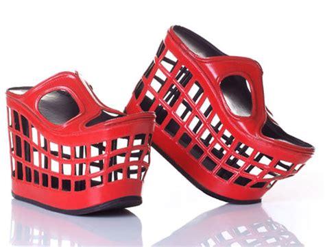 Sepatu Roda Heelys 15 cool and shoes design swan