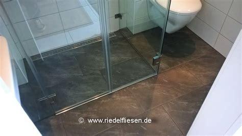 Duschbad Auf Kleinstem Raum by Badsanierung Mit Duschrinne Riedel Fliesen Westhofen