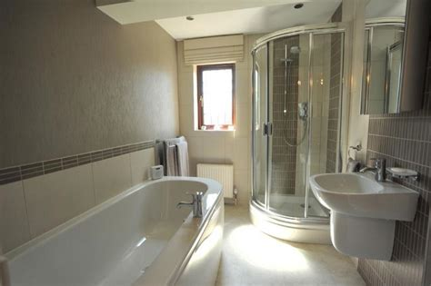 images of en suite bathrooms en suite bathroom suites
